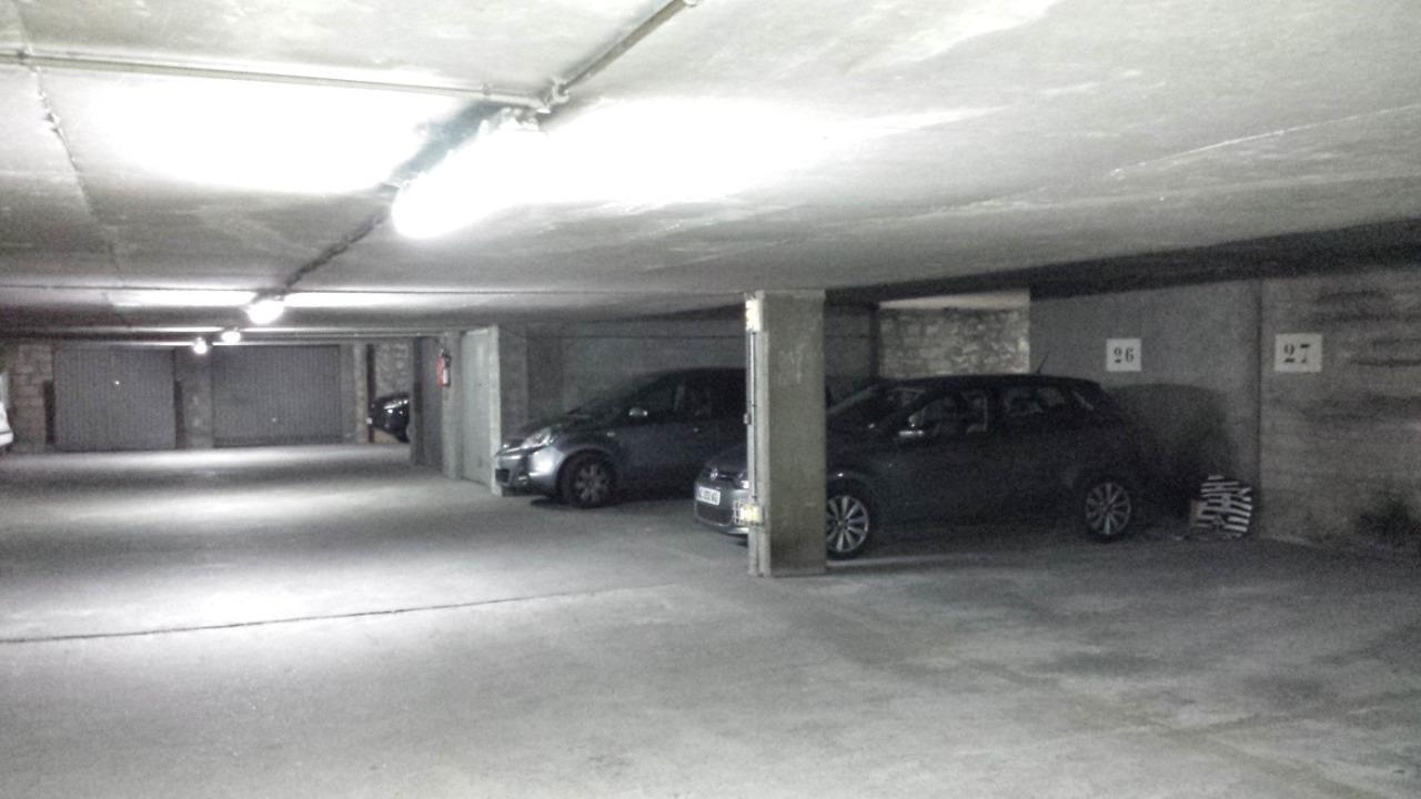 je suis serein avec ma location parking. Black Bedroom Furniture Sets. Home Design Ideas
