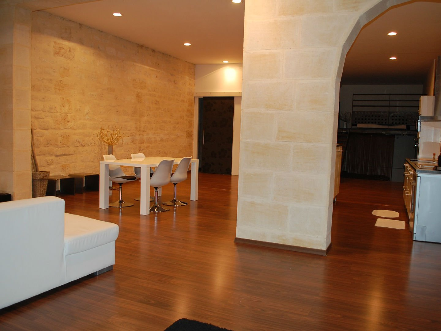 Pierryck for Location appartement bordeaux chartrons
