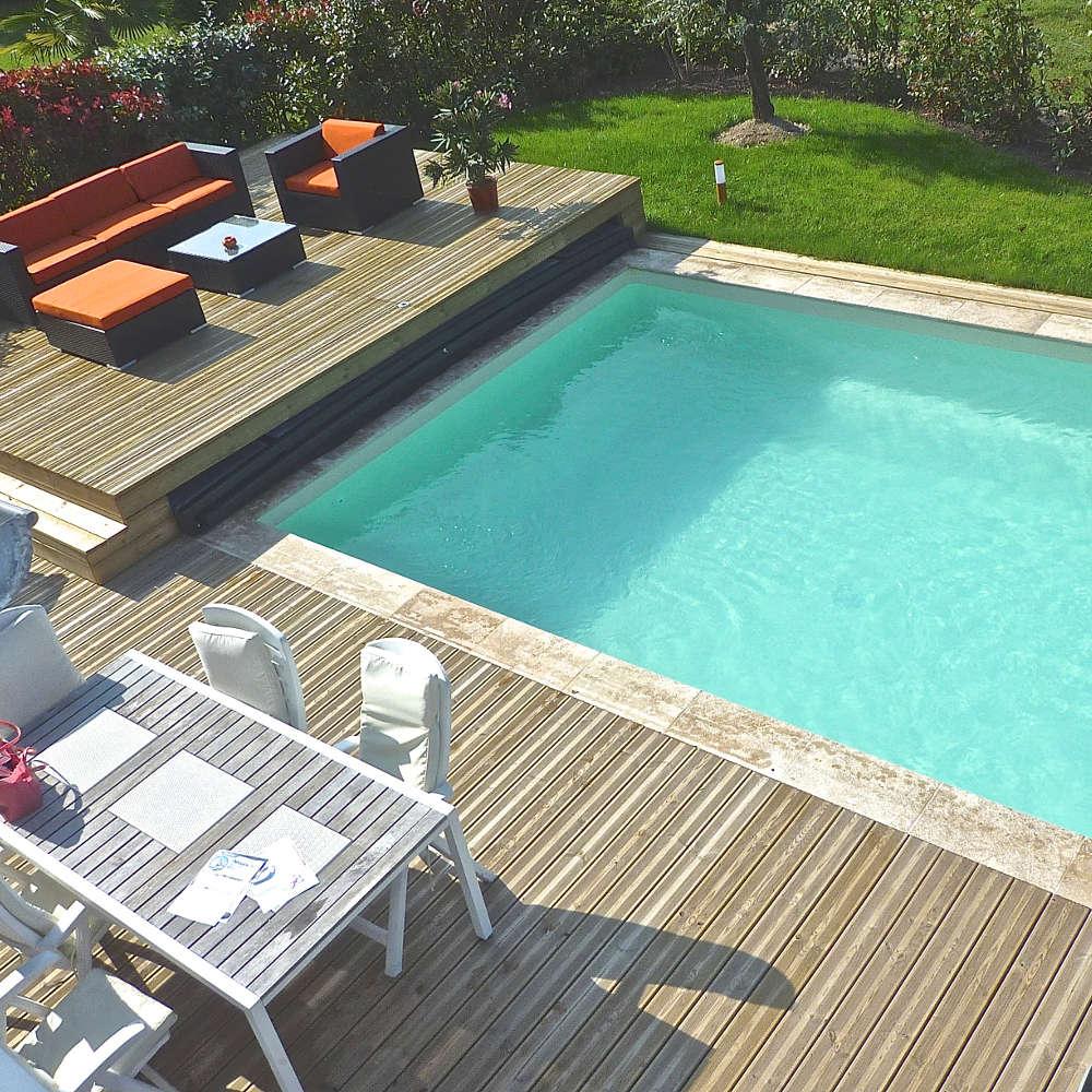 Nettoyer votre piscine : quels sont les équipements que vous devez posséder